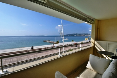 Apartment for sale in JUAN-LES-PINS  - 3 rooms - 65 m²