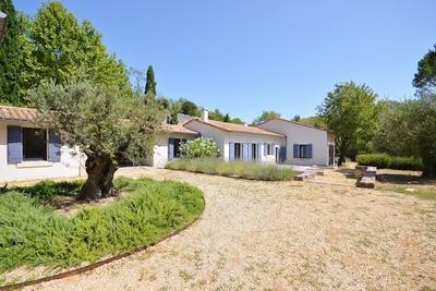 Maison à vendre à UZES  - 10 pièces - 310 m²
