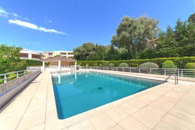 Appartement à vendre à ROQUEBRUNE-CAP-MARTIN  - 5 pièces - 136 m²