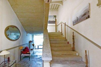 - 7 pièces - 340 m²