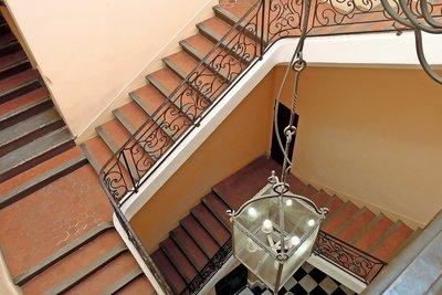 Apartment for sale in AIX-EN-PROVENCE   - 210 m²