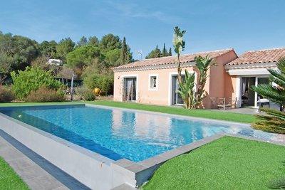 Maison à vendre à SIX-FOURS-LES-PLAGES  - 6 pièces - 130 m²