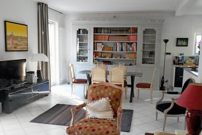 House for sale in AIX-EN-PROVENCE  - 9 rooms - 222 m²