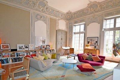 Apartment for sale in AIX-EN-PROVENCE CENTRE VILLE - 5 rooms - 191 m²