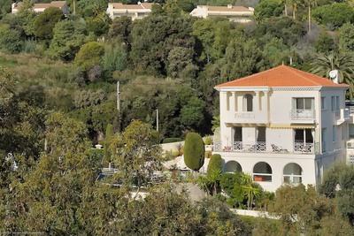 Maison à vendre à CANNES  - 8 pièces - 370 m²