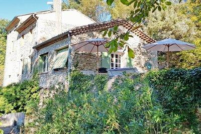 Maison à vendre à LA-BEGUDE-DE-MAZENC  - 8 pièces - 170 m²