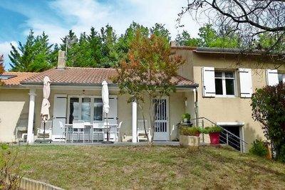 Maison à vendre à TAIN L'HERMITAGE  - 8 pièces - 149 m²