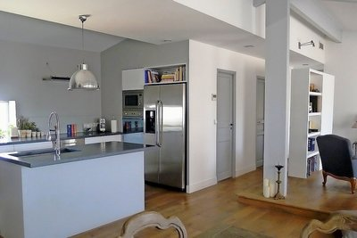 Apartment for sale in AIX-EN-PROVENCE  - 3 rooms - 113 m²
