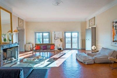 Maison à vendre à AIX-EN-PROVENCE Mazarin - 6 pièces - 300 m²
