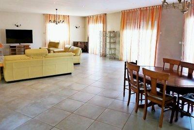 Maison à vendre à MEYZIEU  - 5 pièces - 170 m²