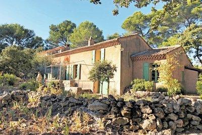 Maison à vendre à ST-MARC-JAUMEGARDE  - 6 pièces - 220 m²