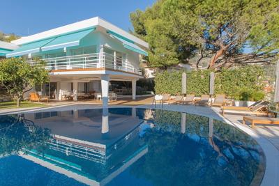 Maison à vendre à VILLEFRANCHE-SUR-MER  - 6 pièces - 325 m²