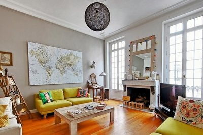 House for sale in BORDEAUX  - 6 rooms - 180 m²