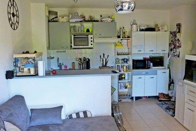 Appartement à vendre à ST-QUENTIN-DE-BARON