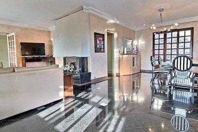 Maison à vendre à ST-CYR-AU-MONT-D'OR  - 9 pièces - 265 m²