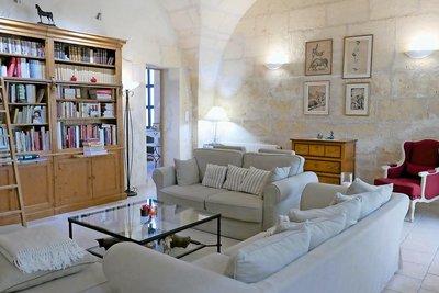 Maison à vendre à FONTVIEILLE  - 5 pièces - 130 m²