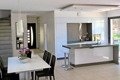 Maison à vendre à VENTABREN  - 5 pièces - 150 m²