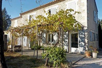 Maison à vendre à ST-REMY-DE-PROVENCE  - 6 pièces - 150 m²