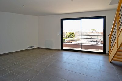 Apartment for sale in EGUILLES  - 3 rooms - 69 m²
