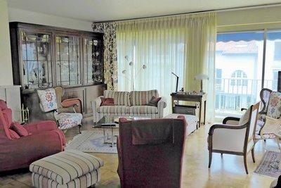 Apartment for sale in ST-JEAN-DE-LUZ  - 5 rooms - 151 m²