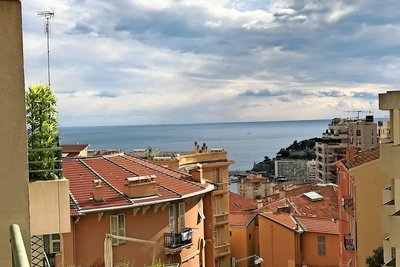 Apartment for sale in BEAUSOLEIL  - 3 rooms - 94 m²