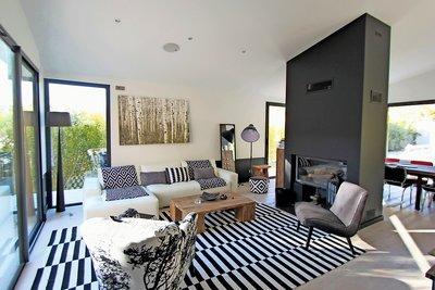 Maison à vendre à VAUVENARGUES  - 7 pièces - 240 m²