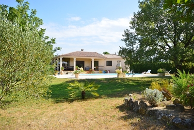 House for sale in UZES  - 4 rooms - 135 m²