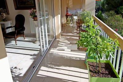 Apartment for sale in SANARY-SUR-MER  - 3 rooms - 67 m²