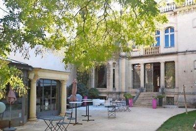 Maison à vendre à MONTELIMAR   - 900 m²