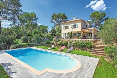 Maison à vendre à VALBONNE  - 7 pièces - 200 m²