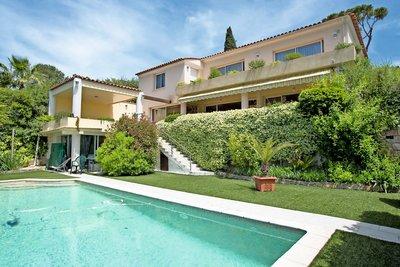 Maison à vendre à LE CANNET  - 5 pièces - 210 m²
