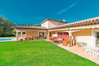 Maison à vendre à ANTIBES  - 5 pièces - 200 m²