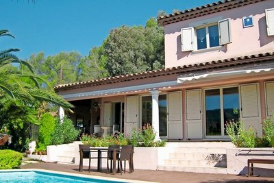 Maison à vendre à PEGOMAS  - 5 pièces - 165 m²