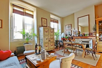 Apartment for sale in BORDEAUX  - 2 rooms - 42 m²