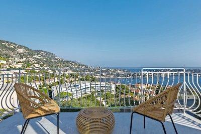 Appartement à vendre à VILLEFRANCHE-SUR-MER Col de Villefranche - 3 pièces - 77 m²