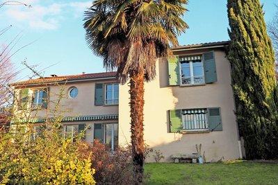 Maison à vendre à FONTAINES ST MARTIN  - 6 pièces - 180 m²