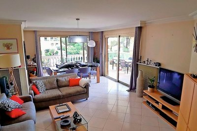 Apartment for sale in ST-LAURENT-DU-VAR  - 3 rooms - 90 m²