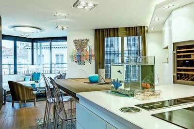 Apartment for sale in LYON  6EME  - 5 rooms - 115 m²