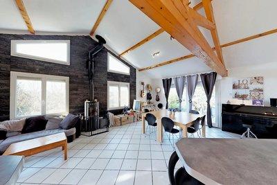 Maison à vendre à POUGNY  - 5 pièces - 160 m²