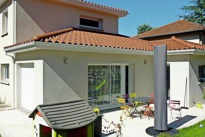 - 6 rooms - 125 m²