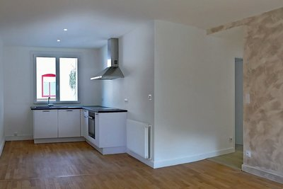 Apartment for sale in CHARBONNIERES-LES-BAINS  - 3 rooms - 56 m²