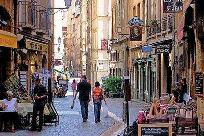 Apartment for sale in LYON  5EME  - 2 rooms - 80 m²