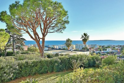 Apartment for sale in ANTIBES  - 3 rooms - 81 m²