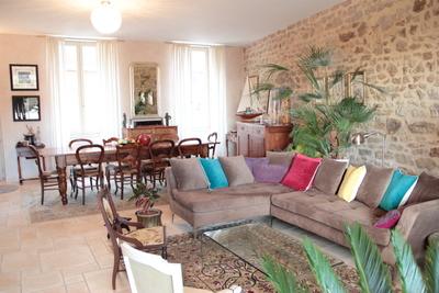 Maison à vendre à VERNOUX-EN-VIVARAIS  - 8 pièces - 300 m²