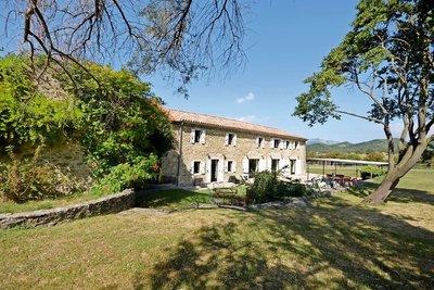 Maison à vendre à MONTELIMAR  - 8 pièces - 420 m²