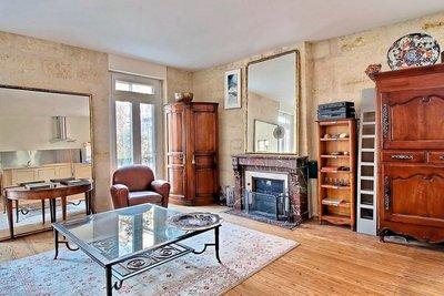 Appartement à vendre à BORDEAUX  - 2 pièces - 64 m²