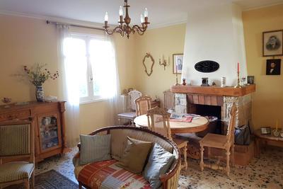 Maisons à vendre à La Tour-d'Aigues