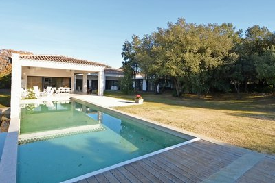 House for sale in AIX-EN-PROVENCE  - 7 rooms - 300 m²
