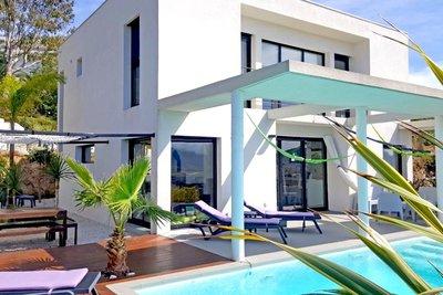 Maison à vendre à CANNES  - 6 pièces - 150 m²
