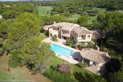 Maison à vendre à ST-RAPHAEL  - 5 pièces - 380 m²